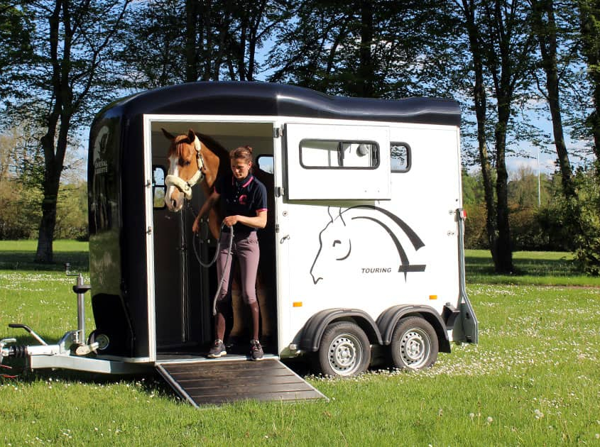 Touring-One-cheval-8